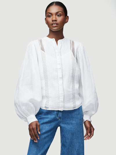FRAME - Lace Button Front Top in Blanc