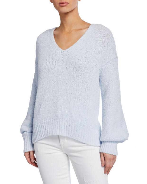 Vince - Textured V-Neck Sweater in Powder Blue