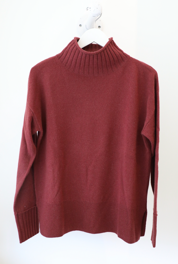 White + Warren - Funnel Neck Pullover in Mulberry Heather