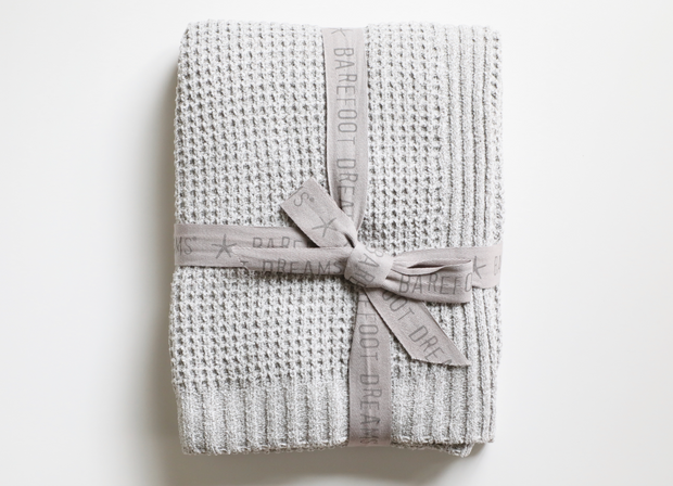 Barefoot Dreams - Waffle Throw Blanket in HE Dove Gray