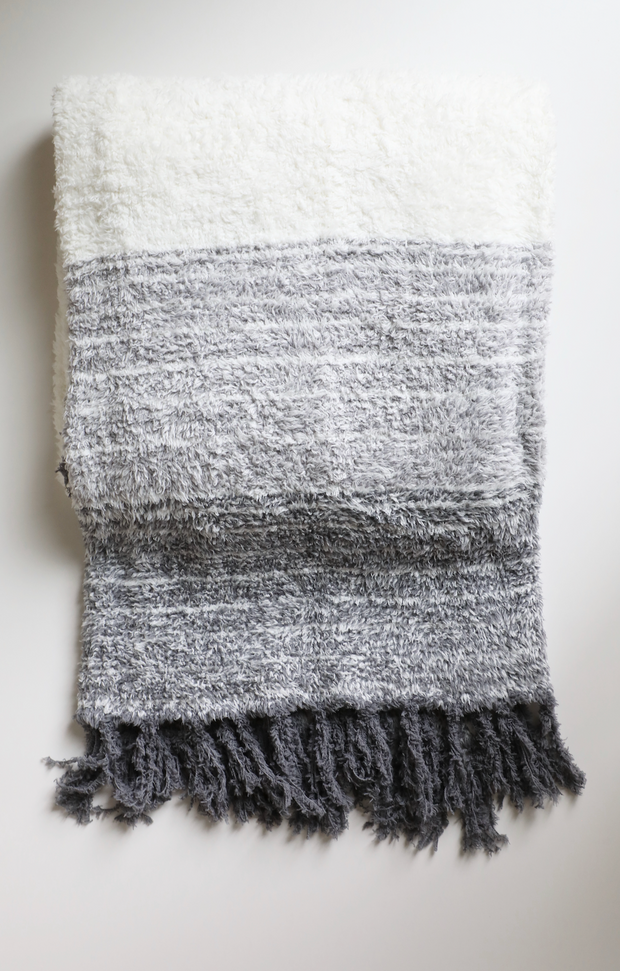 Barefoot Dreams - Cozychic Horizon Blanket in Graphite Multi
