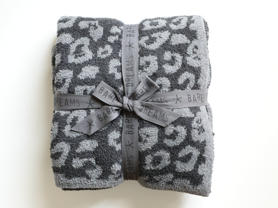 Barefoot Dreams - CozyChic Barefoot in the Wild Adult Throw in Graphite/Carbon Leopard