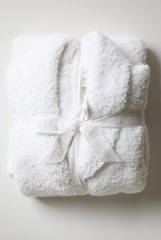 Barefoot Dreams - Cozychic Adult Robe in White