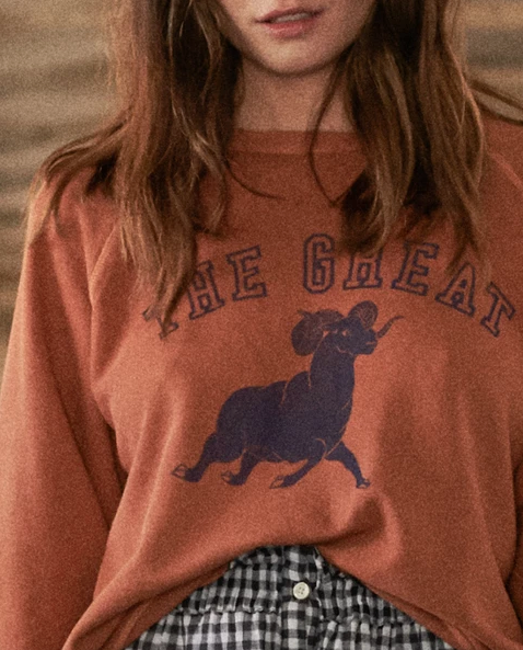 The Great - The College Sweatshirt with Ram Graphic in Spice