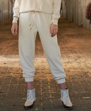 The Great - The Cropped Sweatpant with Multi Piping in Washed White