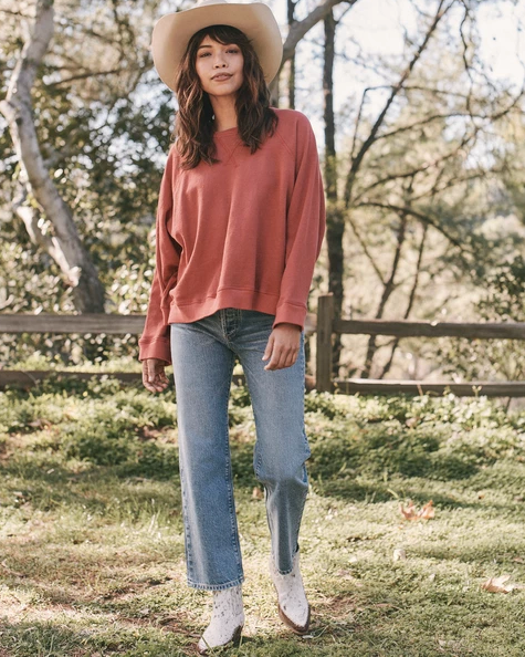The Great - The Slouch Sweatshirt in Marled Cardinal