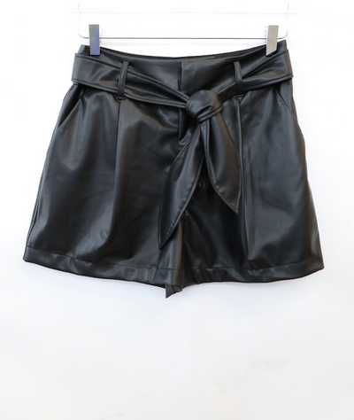 David Lerner - Lexi High-Waisted Pleated Short w/ Belt in Black