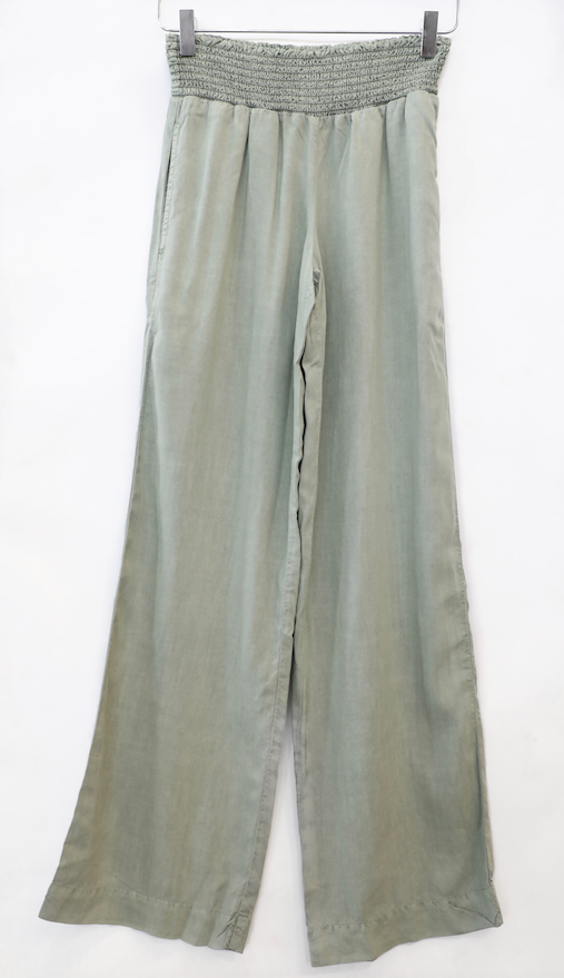 Bella Dahl - Smocked Waist Wide Leg in Olive Grove