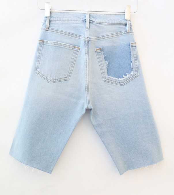Frame - Le Vintage Bermuda Raw Edge Denim Shorts in Redondo Beach