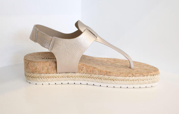 Vince - Flint Platform Thong Sandals in Moonstone