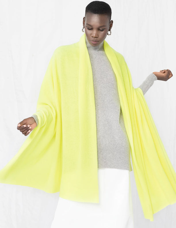 White + Warren - Travel Wrap in Neon Pineapple