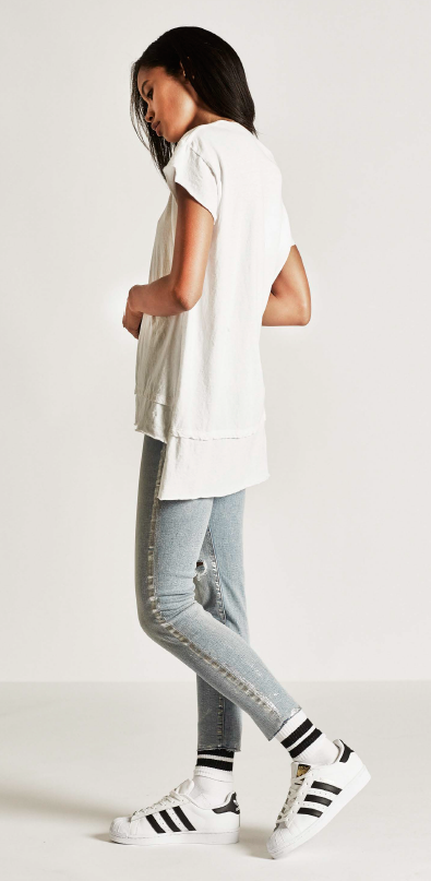 Current Elliott - The High Low Tee in Sugar