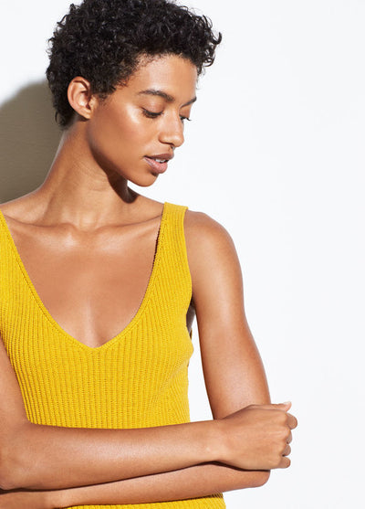 VINCE - Directional Rib Tank in Limonata