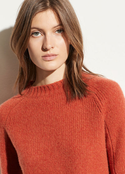 VINCE - Shrunken Mock Neck Sweater in Heather Blood Orange
