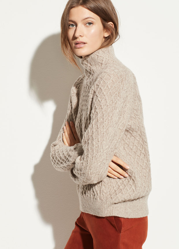 VINCE - Zig Zag Cable Sweater in Marzipan/Taupe