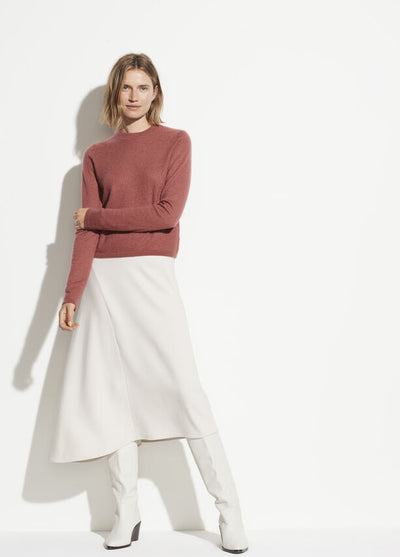 Vince - Fitted Crewneck Sweater in Rosewood