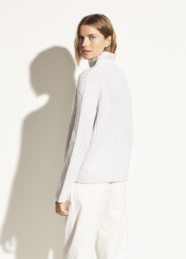 Vince - Lofty Rib Turtleneck in Light Grey