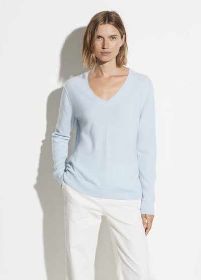 Vince - Weekend V Neck Sweater in Skylark