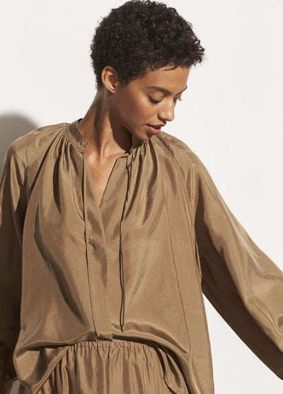 Vince - Poet Popover Blouse in Timber