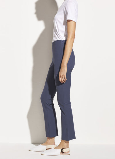Vince - Crop Flare Pants in Deep Azul