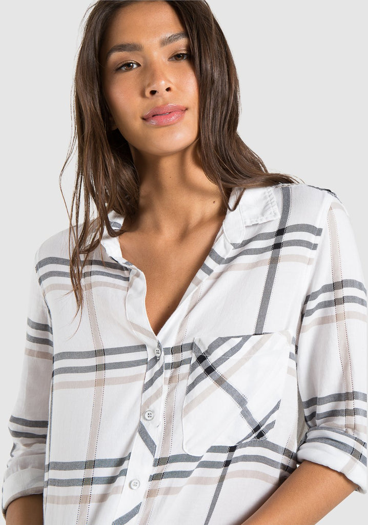 Bella Dahl - L/S Rounded Hem Button Down