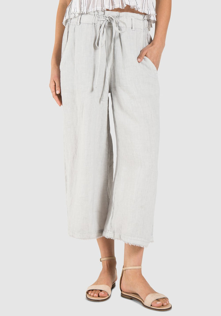 Bella Dahl - Frayed Crop Leg Pant