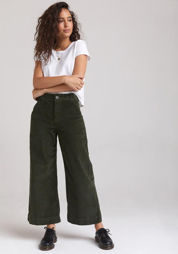 BELLA DAHL - Wide Leg Crop Trouser in Woodland Olive