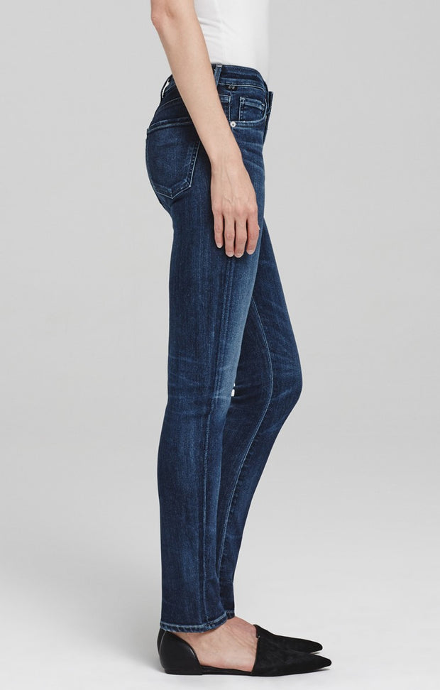 Citizens of Humanity - Arielle Mid Rise Slim Jeans in Hewett