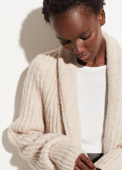 Vince - Ribbed Cropped Cardigan in Oatmeal