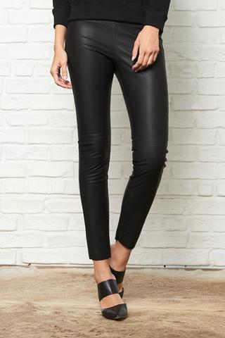 David Lerner - Gemma Mid Rise Straight Leg Skimmer in Pebble Vegan Leather