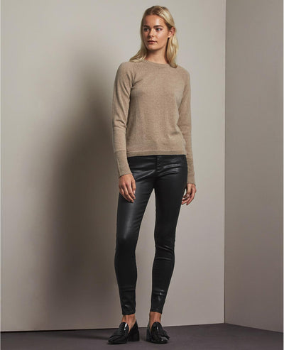 AG - The Leatherette Farrah Skinny