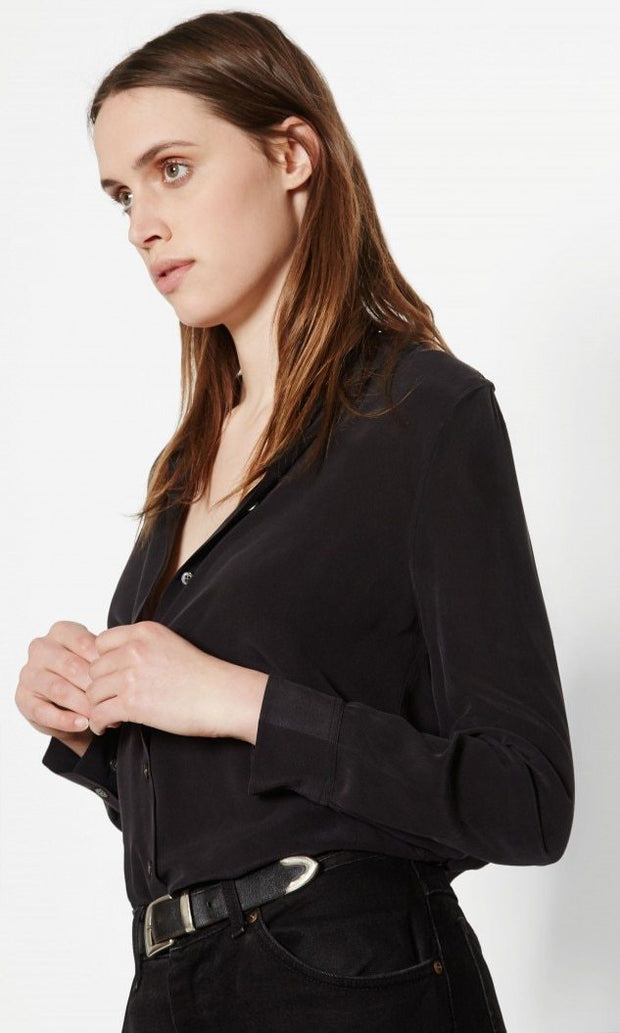Equipment - Essential Silk Shirt in True Black