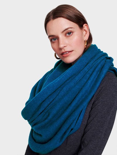 White + Warren - Travel Wrap in Cosmic Teal Heather