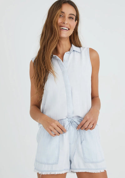 Bella Dahl - Sleeveless Button Down Shirt in Desert Sky Wash