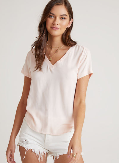Bella Dahl - V-Neck Tee in Sunkissed Coral