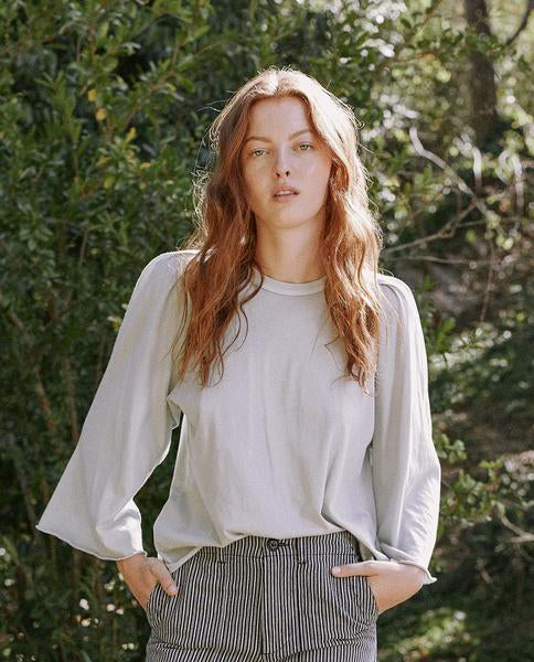 The Great - Bell Sleeve Tee in Prairie Sky
