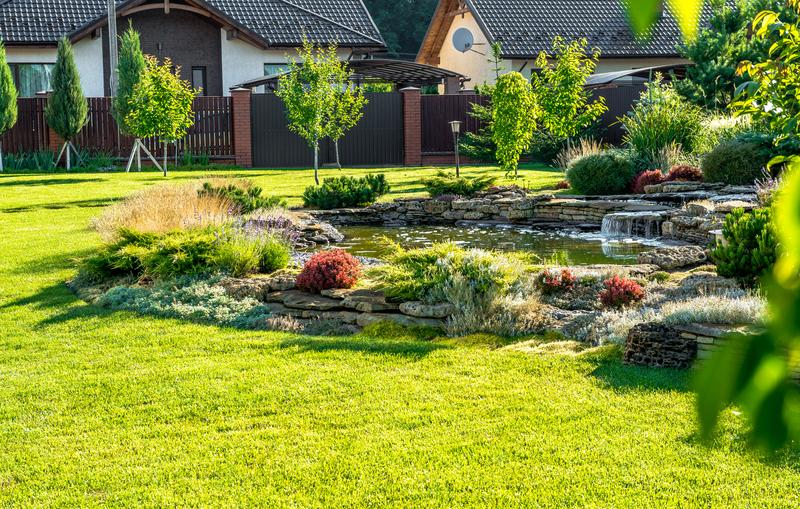 8 Fun Features Your Backyard Needs