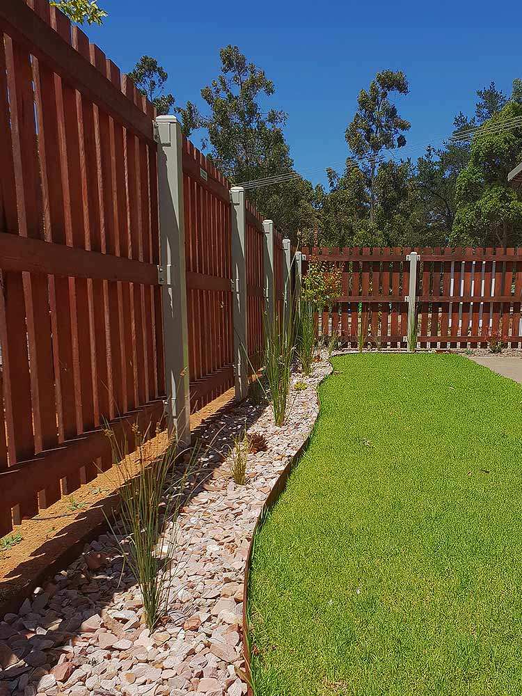 "Straightcurve 6"" CorTen Flexible Steel Edging - Henderson Garden Supply"