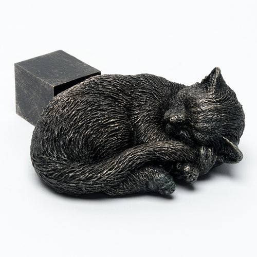 Sleeping Cat Bronze Flower Pot Feet - Henderson Garden Supply