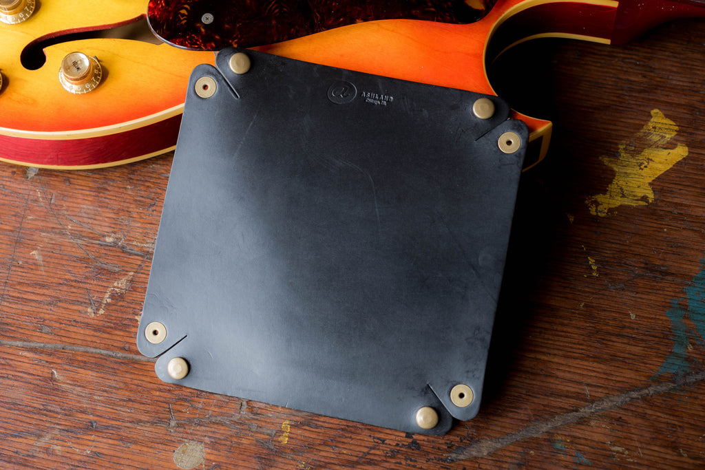 Horween Leather Valet Tray in Black Chromexcel CXL