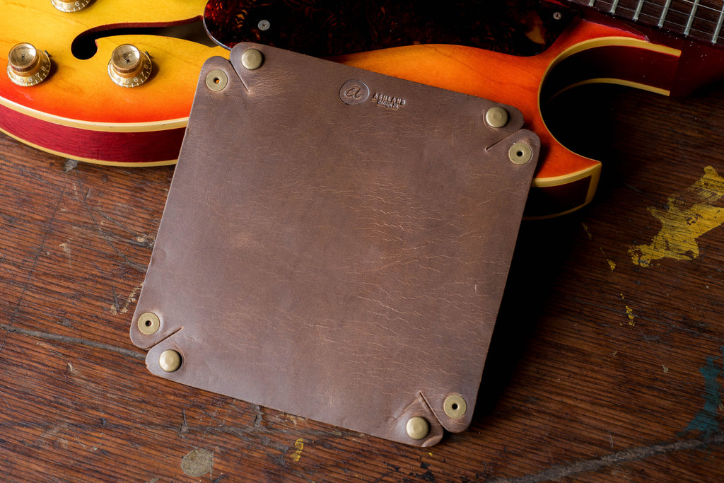 Horween Leather Valet Tray in Natural Chromexcel CXL