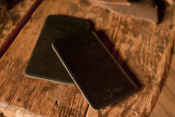 Chromexcel & Veg-Tan iPhone Sleeve