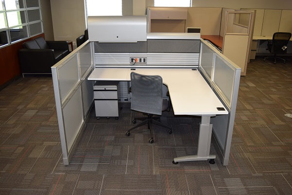 "Knoll Currents & Morrison Cubicle Used 6'x6'x48""H"