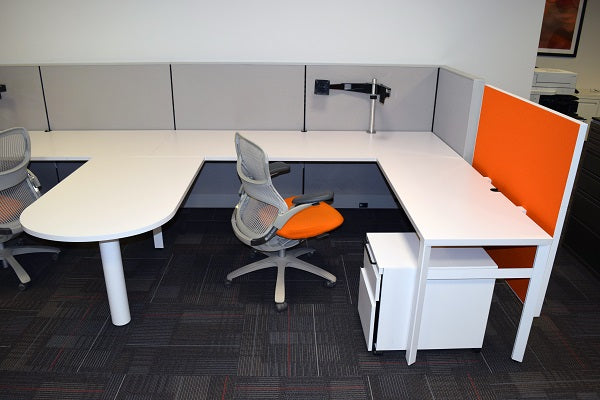 As is/Pre-Owned - Knoll Dividends 7x6.5 Workstations