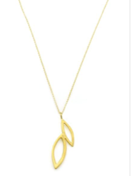alternating petals. vermeil necklace