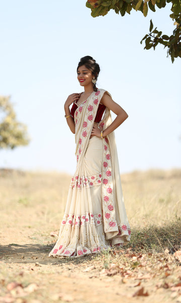 Camellia Pure Georgette Cream Saree