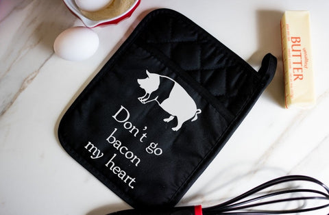 Oven Mitt - Don't Go Bacon My Heart