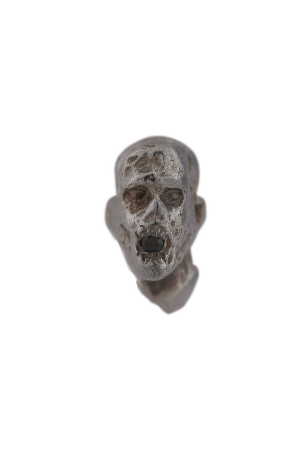 ZOMBIE EARRING WITH BLACK DIAMOND
