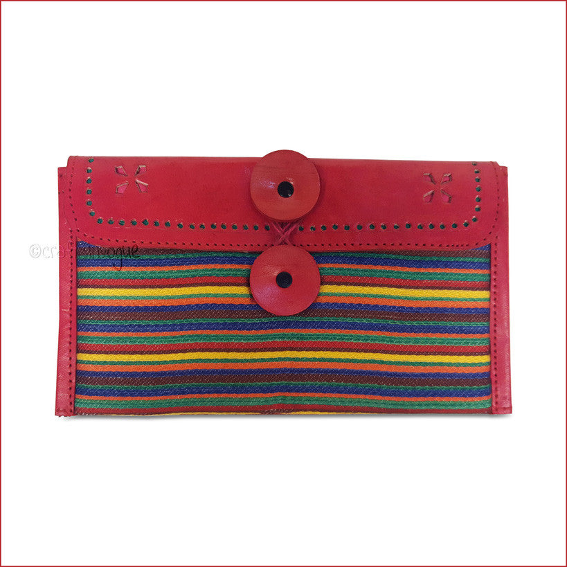 Crafts in Vogue - Colorful Carriers - Red - Narrow Strip Clutch