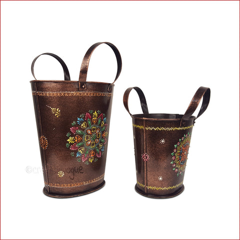 Mesmerising Your Way – Embossed decorative bucket set - 3D